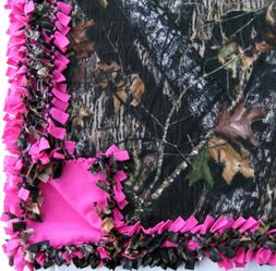 CUSTOM FLEECE TIE-BLANKET 60 X 72 Mossy Oak Camouflage Hot P