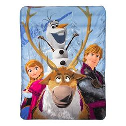 """Disney's Frozen, """"Out in The Cold"""" Fleece Throw Blanket, 46"""""""