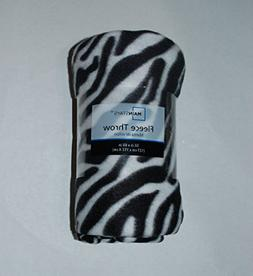 Mainstays Fleece Throw 50 in.x 60 in.