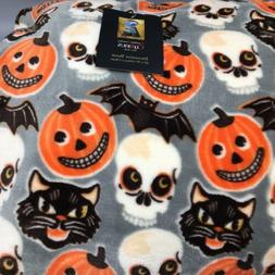 Cynthia Rowley Halloween Throw Blanket Micro Fleece Skull Ca