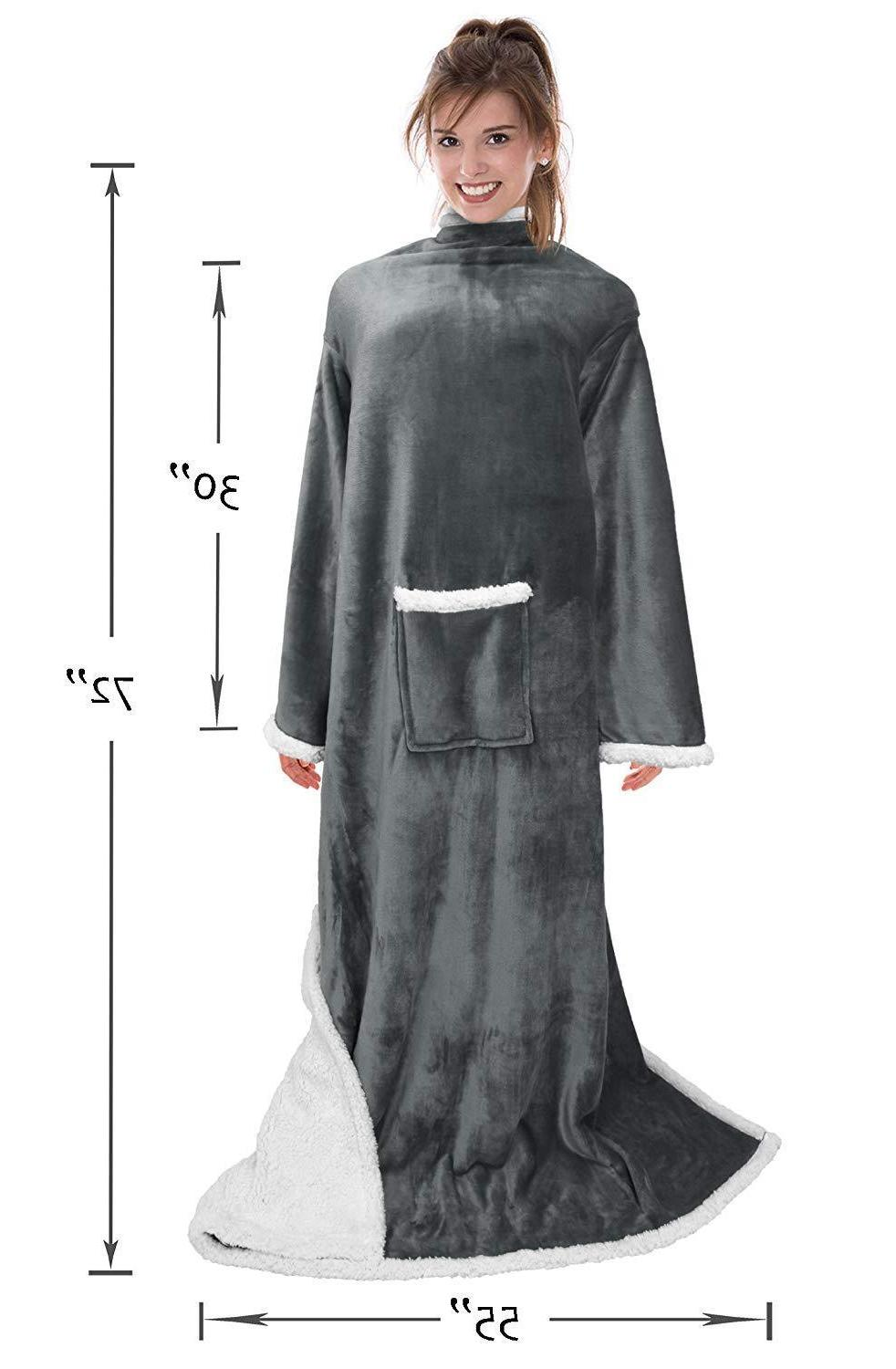 Catalonia Wearable with Sleeves and Pocket