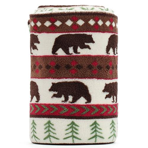 canada bear green pine pattern