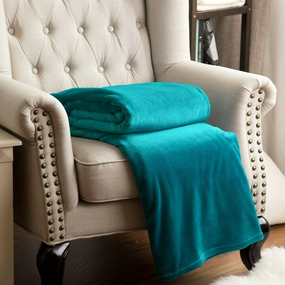 Bedsure Fleece Blanket Size Throw