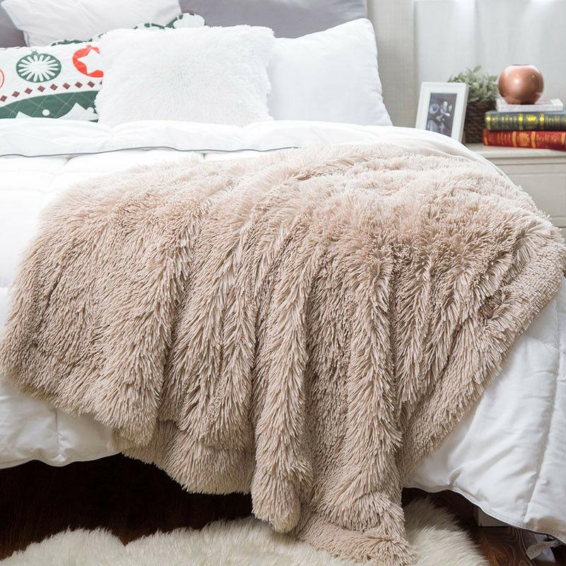 Bedsure Plush Faux Reversible Fleece Soft Lightweight Blanket
