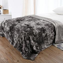 LANGRIA Luxury Super Soft Faux Fur Fleece Throw Blanket Cozy