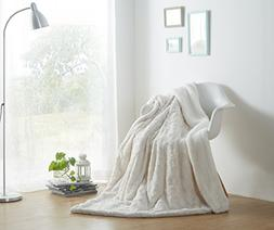 DaDa Bedding Luxury White Roses Faux Fur with Sherpa Backsid