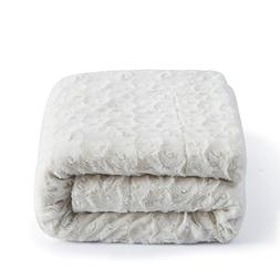 DaDa Bedding Luxury White Roses Faux Fur with Sherpa Fleece