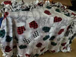 No Sew Fleece Blanket~4 YARDS~ Buffalo Plaid~Mittens~LARGE S