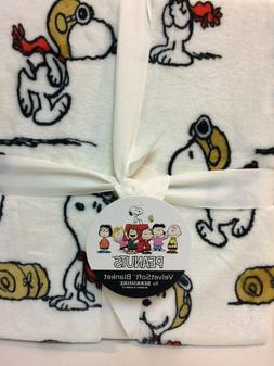 peanuts snoopy red baron flying ace full
