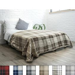 PAVILIA Premium Plaid Fleece Sherpa Twin Bed Blanket | Plush