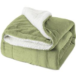 BEDSURE Sherpa Fleece Blanket Throw Size Sage Green Plush Th