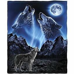 Dawhud Direct Wolves Howling Moon Fleece Throw Blanket